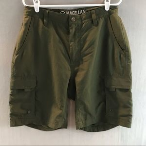 Magellan outdoors cargo shorts olive green size 32